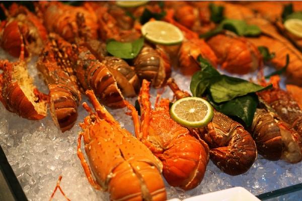 Mở nhà hàng hải sản cần gì